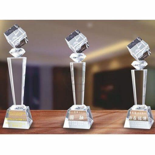 Crystal Awards - Hardworking - Eagle PG-016
