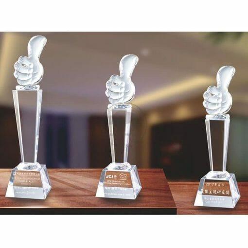Crystal Awards - Hardworking - Thumb Up PG-026