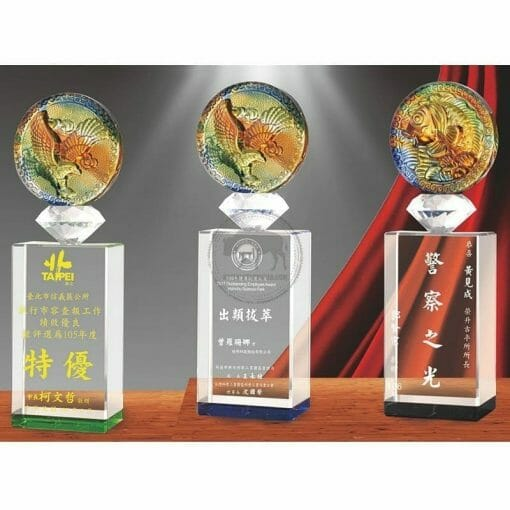 Crystal Awards - Unbeatable PI-075